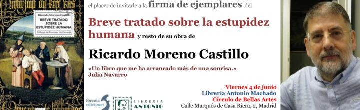 Firma de ejemplares de Ricardo Moreno